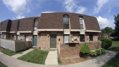 7430 Country Brook Dr #7430, Indianapolis, IN 46260