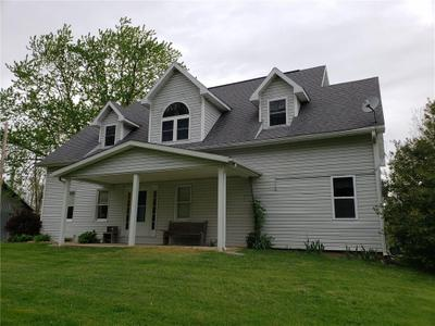 17 E Fairground Rd, Osgood, IN 47037 MLS #21782864 Image 1 of 51