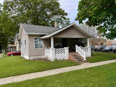 128 W 7th St, Rochester, IN 46975