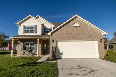 70 Blue Lace Dr, Whiteland, IN 46184