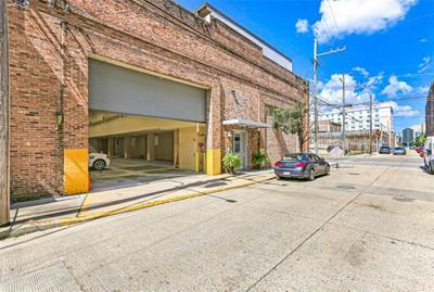 1061 Tchoupitoulas St #305, New Orleans, LA 70130