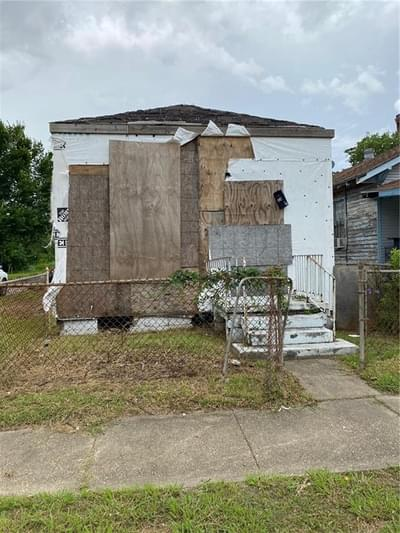 1141 L B Landry Ave, New Orleans, LA 70114