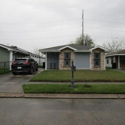 14049 Quail Creek Ln, New Orleans, LA 70128