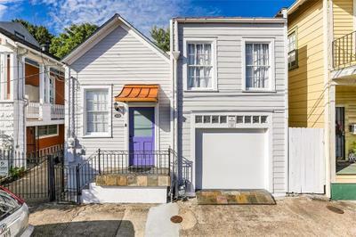 1436 Melpomene St, New Orleans, LA 70130