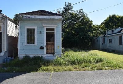 1717 Spain St, New Orleans, LA 70117