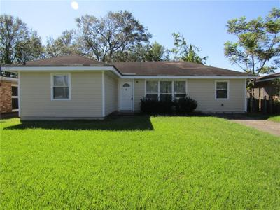 209 River Oaks Dr, New Orleans, LA 70131