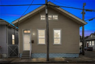 2136 Toledano St, New Orleans, LA 70115