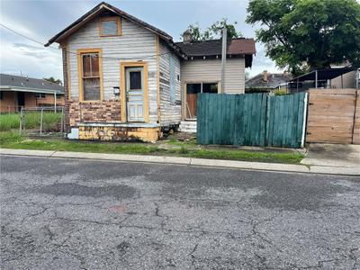 3311 Republic St, New Orleans, LA 70122