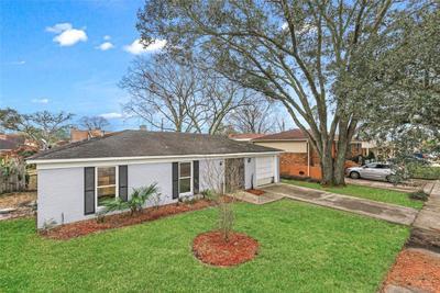 3578 Somerset Dr, New Orleans, LA 70131
