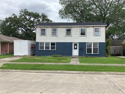 3618 River Oaks Dr, New Orleans, LA 70131