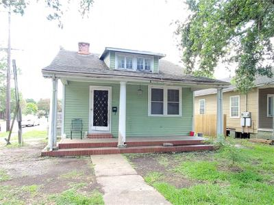 4027 Franklin Ave, New Orleans, LA 70122