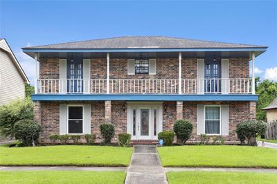4561 Lennox Blvd, New Orleans, LA 70131