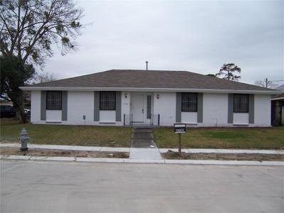 4700 Schindler Dr, New Orleans, LA 70127