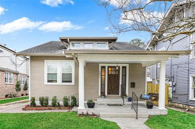 5821 Magnolia St, New Orleans, LA 70115
