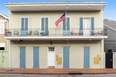 617 Dauphine St #4, New Orleans, LA 70112