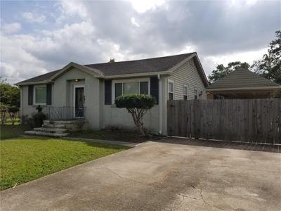 6325 Dover Pl, New Orleans, LA 70131