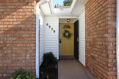 6939 Pinebrook Dr, New Orleans, LA 70128