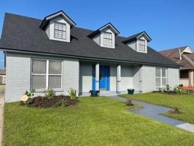 7041 E Tamaron Blvd, New Orleans, LA 70128