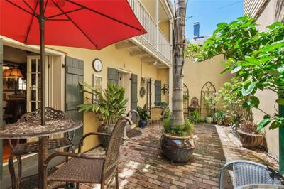 734 Dauphine St #5, New Orleans, LA 70116