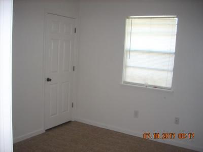 7551 Shorewood Blvd Image 6 of 13
