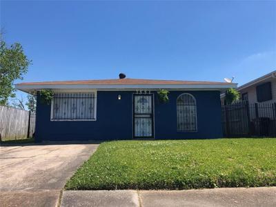 7551 Shorewood Blvd, New Orleans, LA 70128