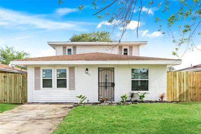 7595 Shorewood Blvd, New Orleans, LA 70128