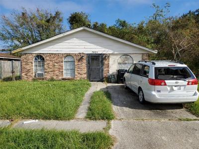 7631 Pineridge St, New Orleans, LA 70128