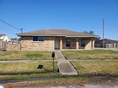 7701 Trapier Ave, New Orleans, LA 70127