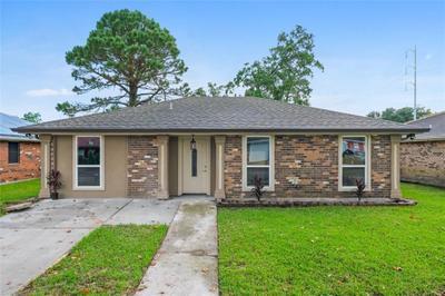 7713 Sandy Cove Dr, New Orleans, LA 70128