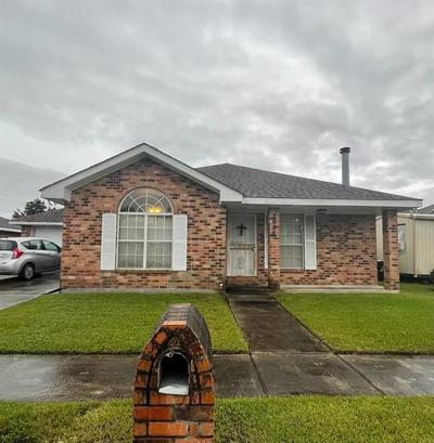 7836 Darlene Ct, New Orleans, LA 70128