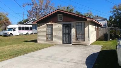 8011 Tarpon St, New Orleans, LA 70126