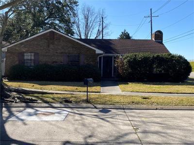 8040 Branch Dr, New Orleans, LA 70128