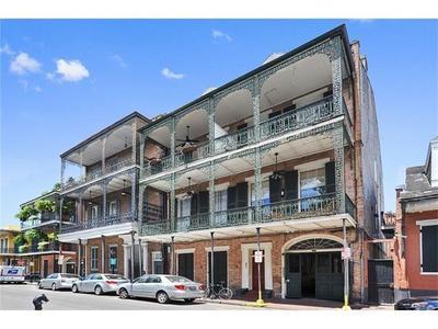 831 Saint Louis St #C, New Orleans, LA 70112