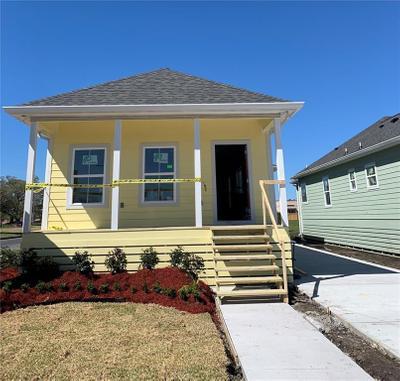 8401 Curran Blvd, New Orleans, LA 70127