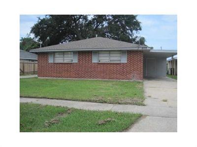8711 Gervais St, New Orleans, LA 70127