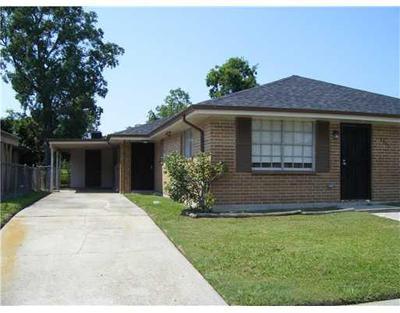 8851 Dinkins St, New Orleans, LA 70127