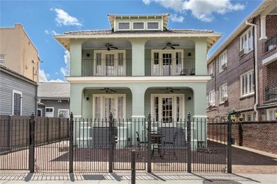 922 Dauphine St #922, New Orleans, LA 70116