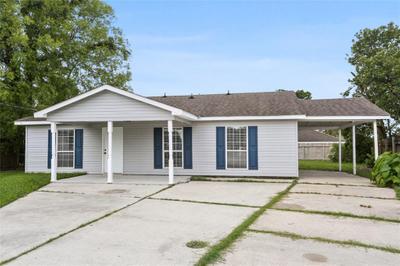 348 Holmes St, Westwego, LA 70094