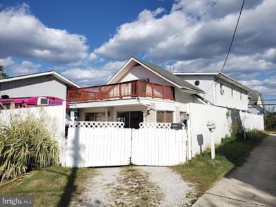 6820 Martin Ave, Baltimore, MD 21222