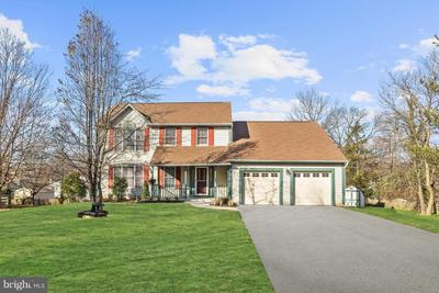 2 Bray Ct, Catonsville, MD 21228