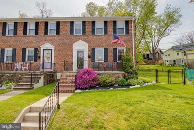 52 Briarwood Rd, Catonsville, MD 21228