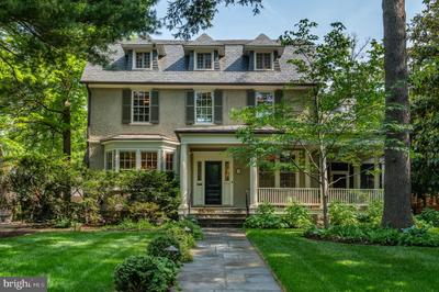 3 Grafton St, Chevy Chase, MD 20815