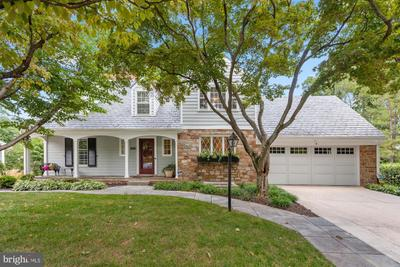 3503 Windsor Pl, Chevy Chase, MD 20815