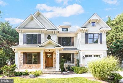 3511 Turner Ln, Chevy Chase, MD 20815