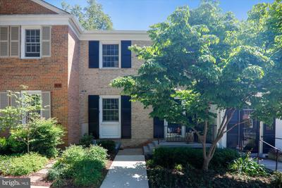 3519 Hamlet Pl #605, Chevy Chase, MD 20815