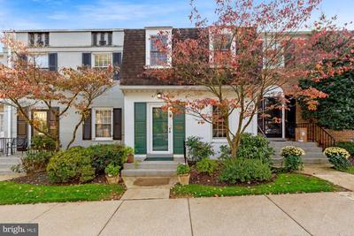3524 Hamlet Pl #806, Chevy Chase, MD 20815