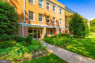 3535 Chevy Chase Lake Dr #108, Chevy Chase, MD 20815