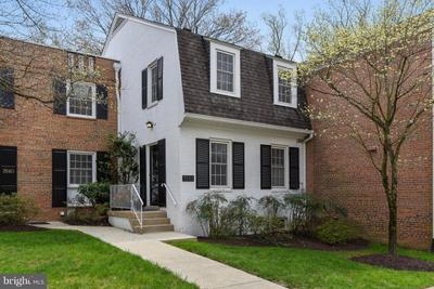 3542 Hamlet Pl #902, Chevy Chase, MD 20815