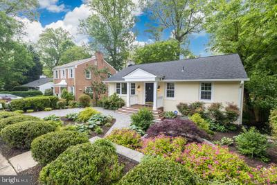 3606 Dundee Dr, Chevy Chase, MD 20815