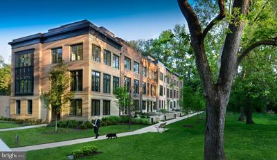 3693 Chevy Chase Lake Dr #20, Chevy Chase, MD 20815